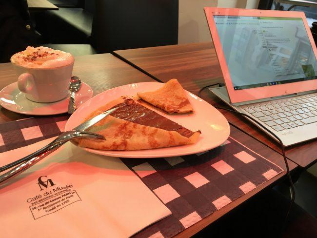 breakfast-in-paris