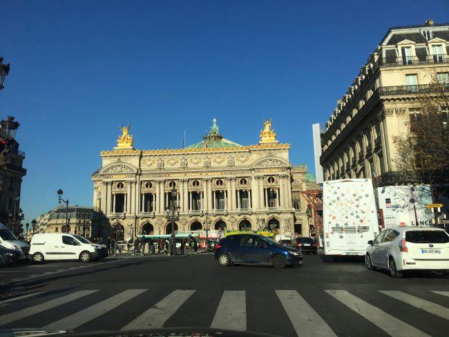 driving-around-paris
